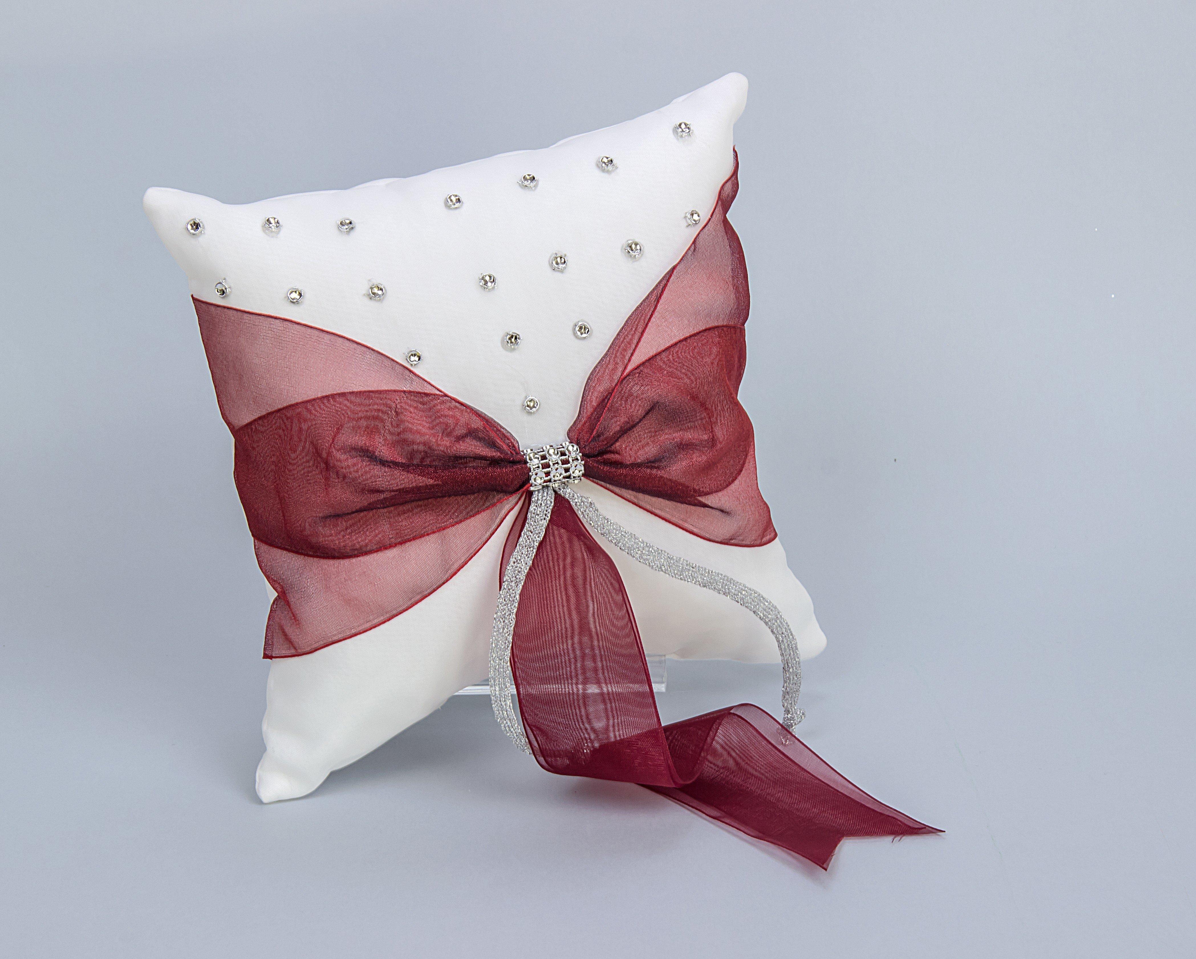 coussins pas chers coussin deco canape coussin de canapac coussin decoratif pour canape pas. Black Bedroom Furniture Sets. Home Design Ideas